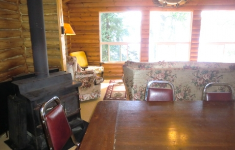 Birch Lake Lodge - Cabin #10 Dining Room