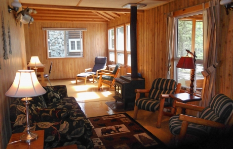 Birch Lake Lodge - Cabin #3 Living Room